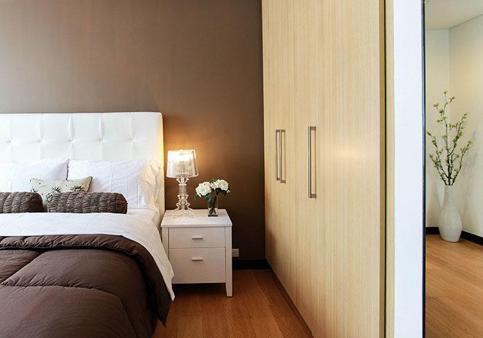Klimatyczna sypialnia - jakie oświetlenie wybrać?
