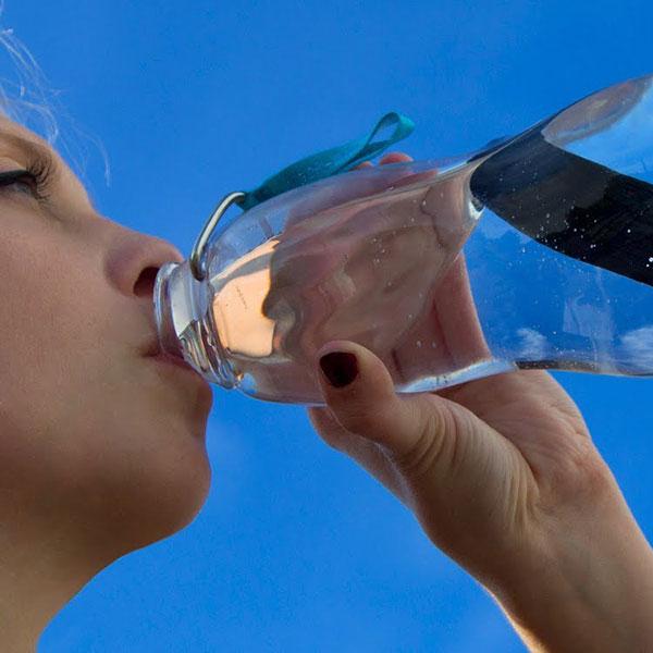 Dlaczego warto kupić butelkę filtrującą?