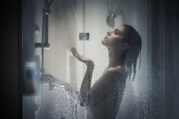 Czarne zestawy prysznicowe
