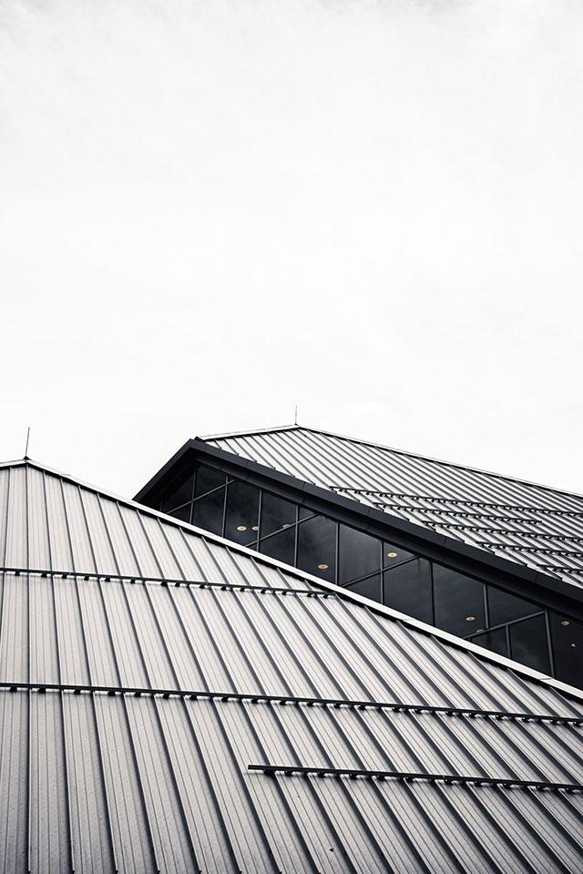 Co należy wiedzieć na temat remontu dachu