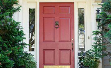 Jak wybrać drzwi wejściowe do domu